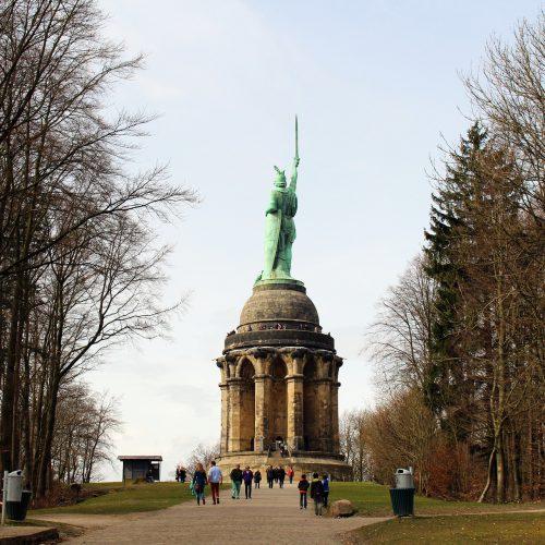 hermann-memorial-1769770_1920